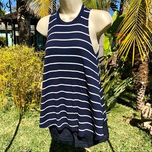 Trendy A-line top - Small navy/white 💙